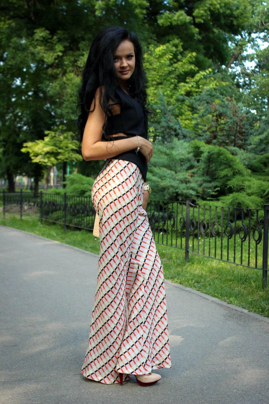 pantaloni cu imprimeuri